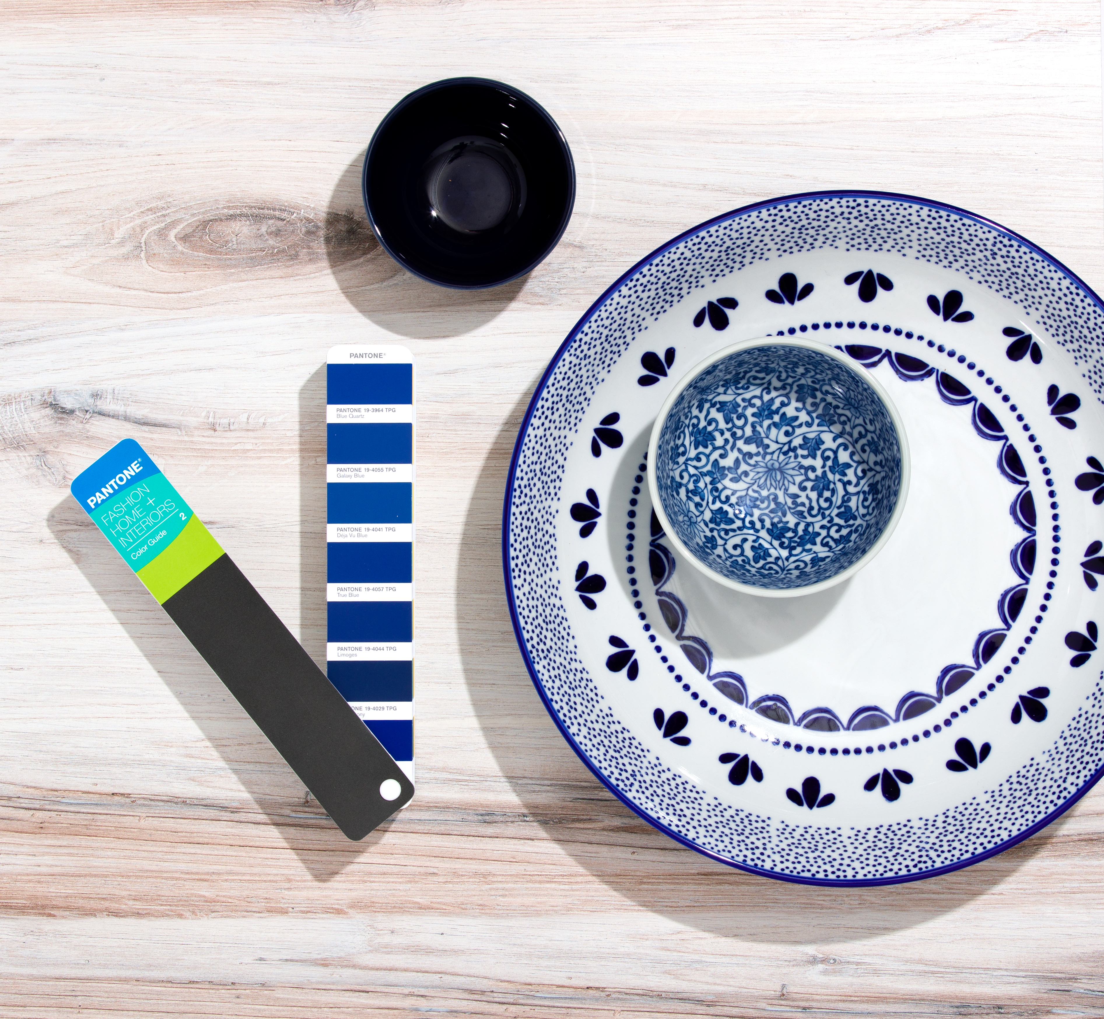 Pantone Fashion, Home & Interior Color Guides