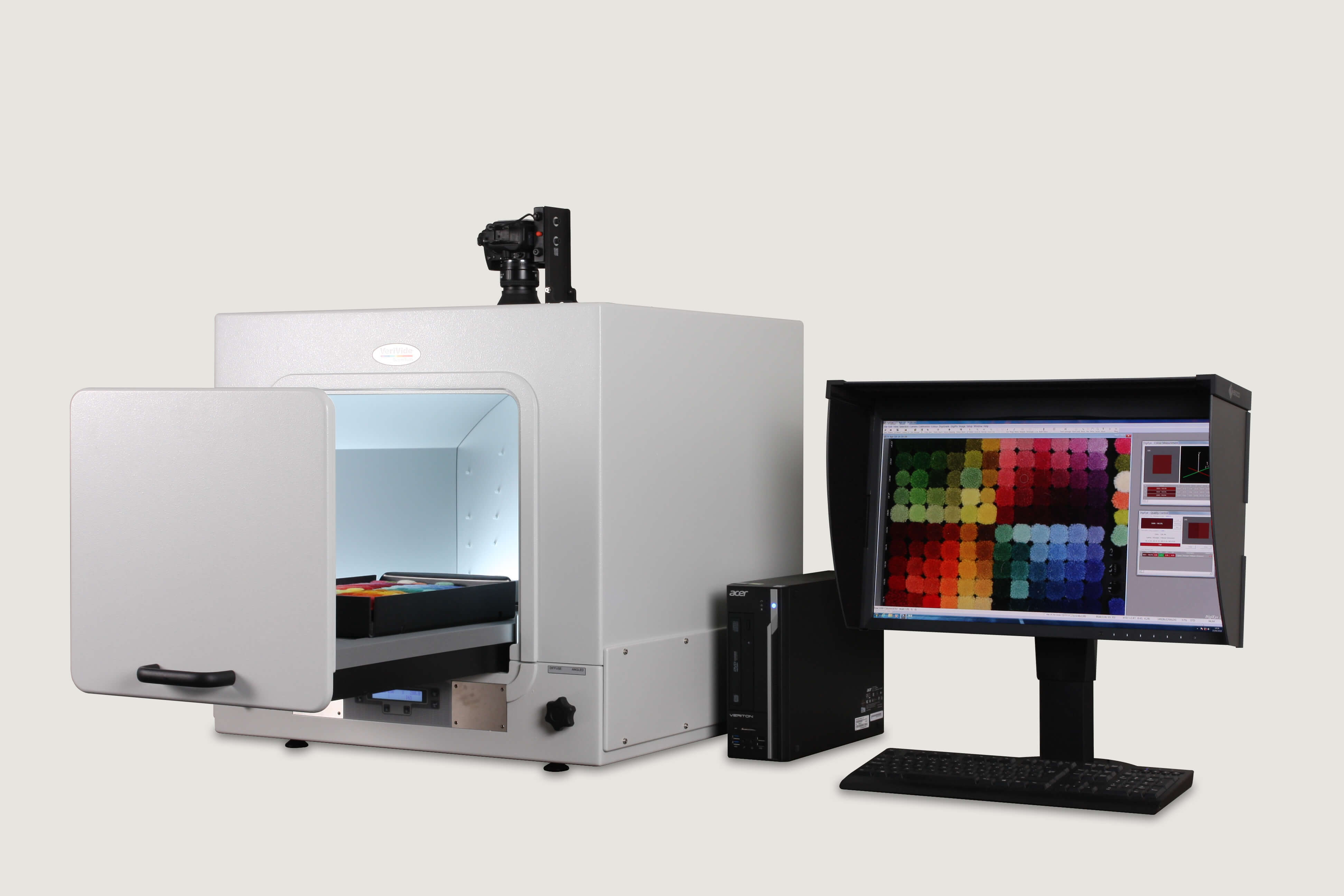 Detect metamerism with DigiEye system, the non-contact colour and appearance measurement device