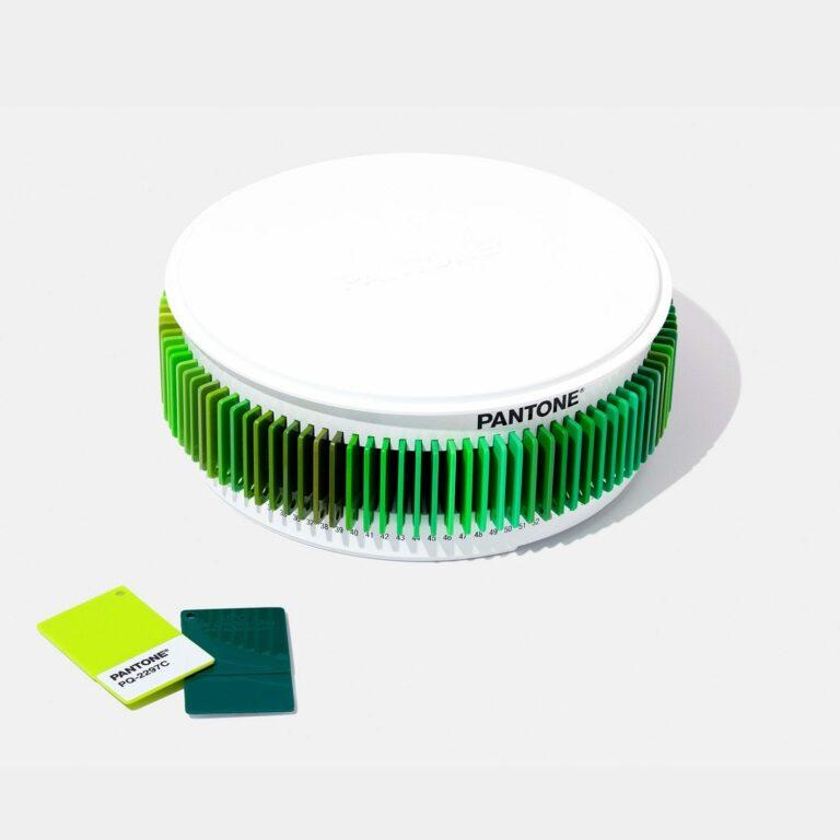 pantone classic chip colour set