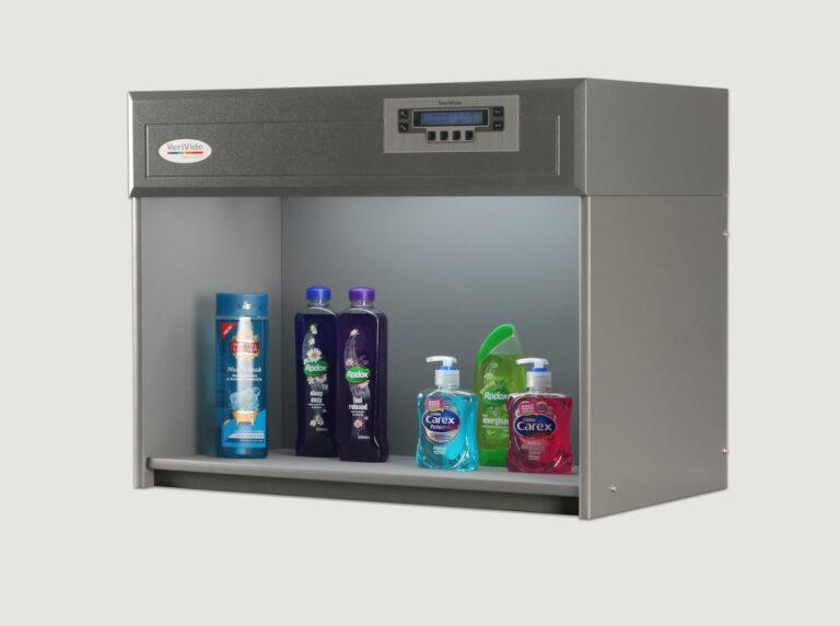 Liquids inside colour assessment cabinet