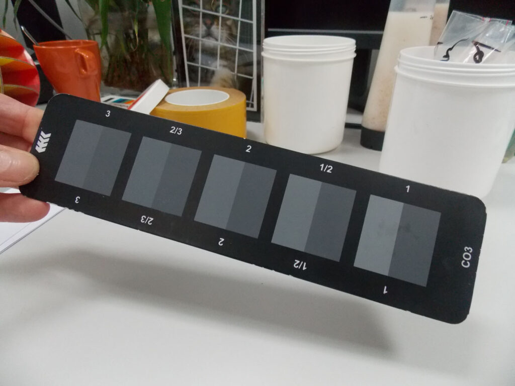 How the ISO grey scale ensures product colour consistency